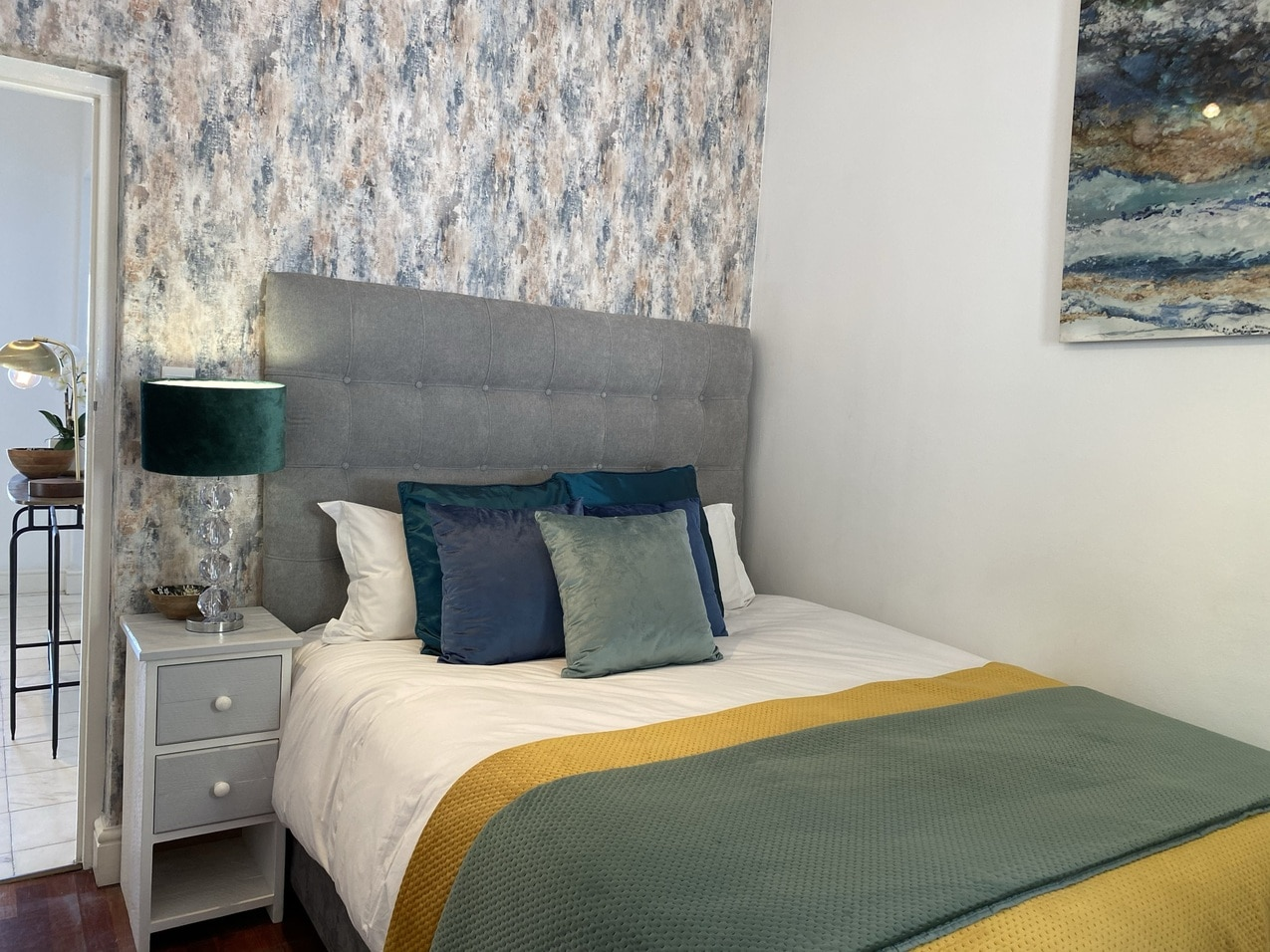 Clifton Beachfront Magic Emerald room