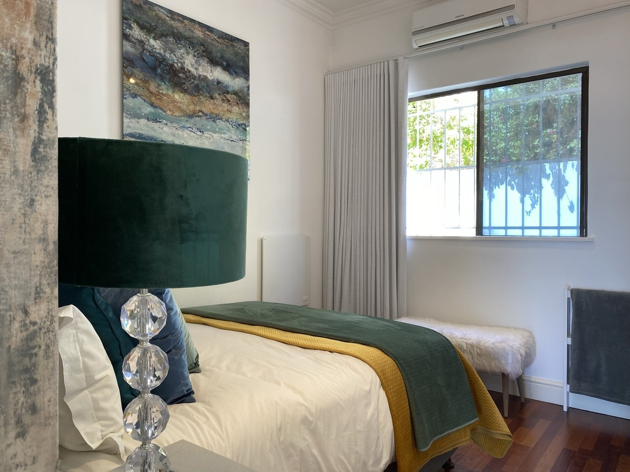 Clifton Beachfront Magic Bedroom9