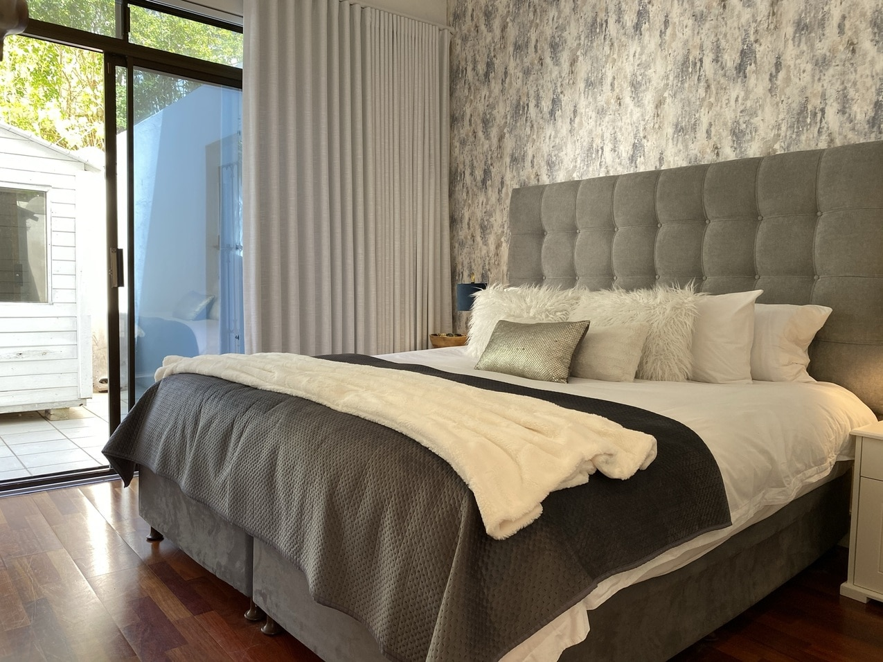 Clifton Beachfront Magic Bedroom5